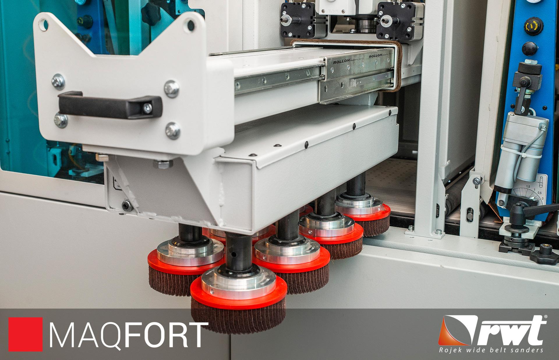 Maquina de remover rebarba e arredondamento de arestas