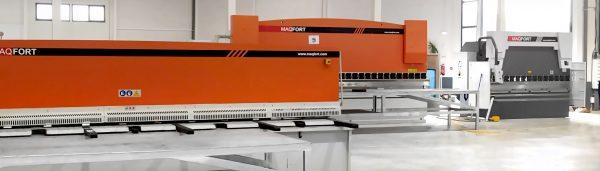 Quinadora CNC e Guilhotina instaladas com sucesso